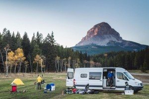 Campervan North America - perfect in Campgrounds